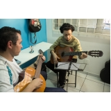 Onde fazer uma Aula de violão  na Vila Maria