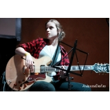 Onde tem uma Escola para dar Aula de guitarra profissional no Tremembé