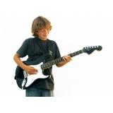 Quanto custa uma Aula de guitarra em Santana
