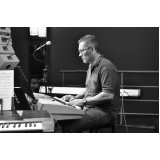Valor de Aula de teclado escalas na Casa Verde
