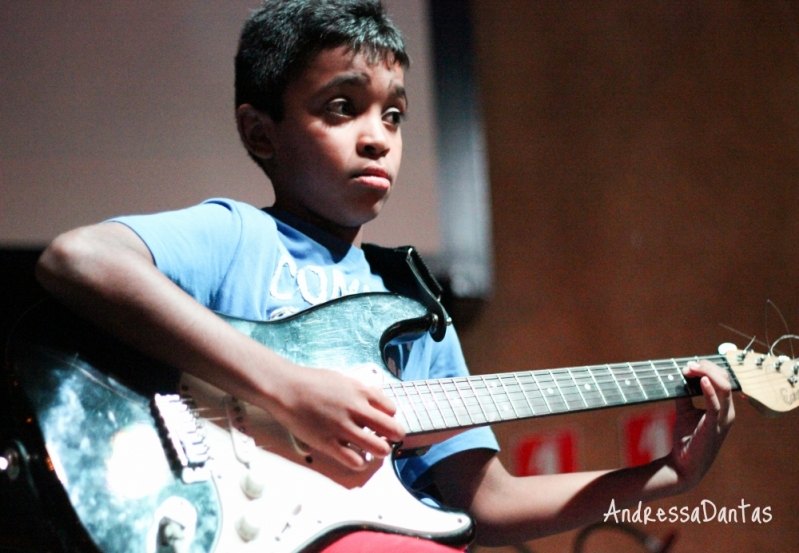 Valor Aulas de Guitarra na Vila Gustavo - Escola de Guitarra SP