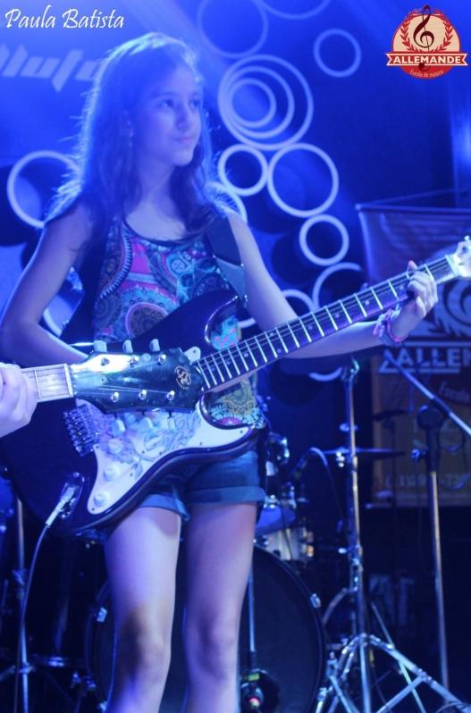 Valor de uma Aula de Guitarra Profissional em Jaçanã - Quanto Custa Aula de Guitarra