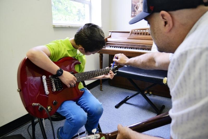 Valores de Aula de Guitarra em Brasilândia - Aula de Guitarra Preço